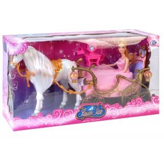 Lėlė ir žirgas su karieta...